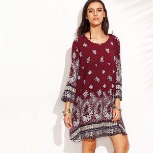 Dresses & Skirts - Boho Burgundy Floral 3/4 Sleeve Shift Dress